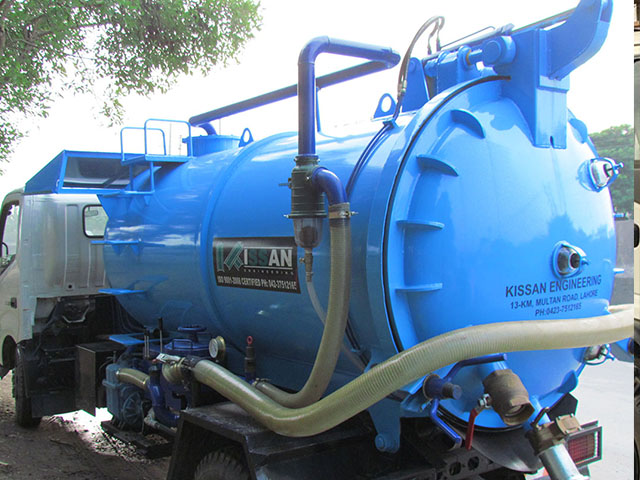 Vacuum Sewer Suction Truck