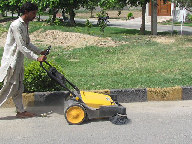 Manual Sweeper